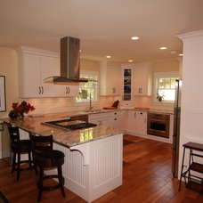 Traditional Kitchen by Arts Custom Woodcrafting Inc.