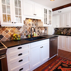Traditional Kitchen by Renoir Renovations