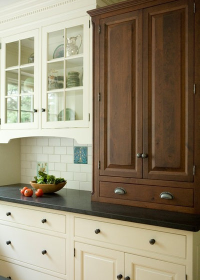 3 Warm, Inviting Kitchens We'd Like to Come Home To