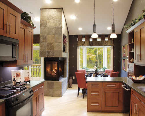 Peninsula fireplace ideas pictures remodel and decor for Cooking fireplace designs