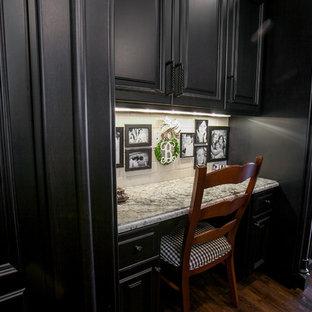 Beautiful Black & White Kitchen