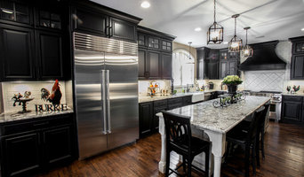Beautiful Black & White Kitchen