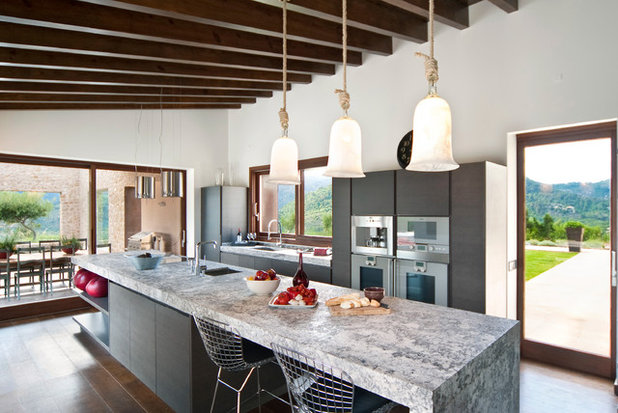 Contemporary Kitchen by Llama Group