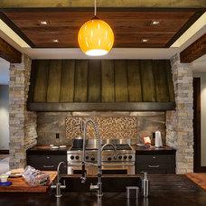 Contemporary Kitchen by Cohen Construction Inc.