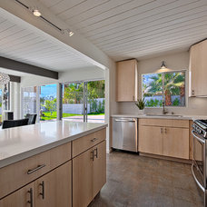 Contemporary Kitchen by House & Homes Palm Springs Home Staging