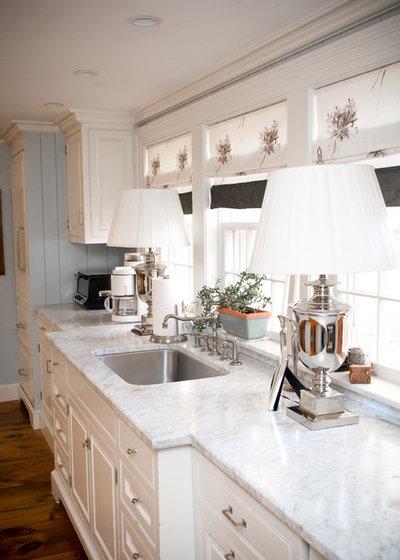 Farmhouse Kitchen by LKM Design