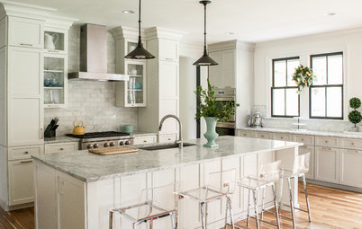 Happy Neutrals: These Kitchens Show How to Add a Bit More Spice