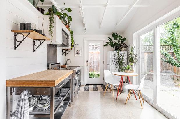 Coastal Kitchen by Dyer Studio Inc.