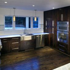 Modern Kitchen by Epic Development