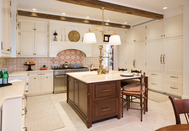 Kitchen Of The Week Country Chic With A Welcoming Charm