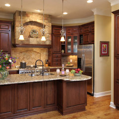 mediterranean kitchen by BeeTree Homes