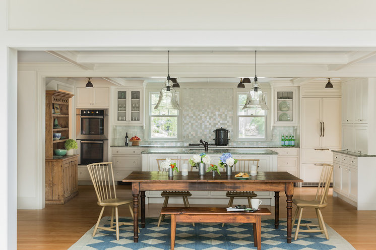 Traditional Kitchen by Carpenter & MacNeille