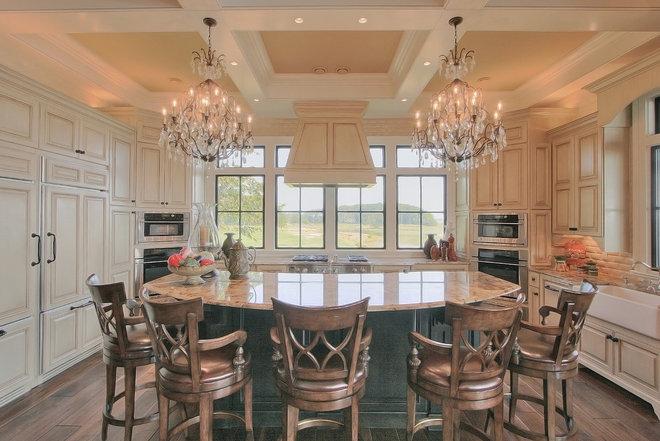 Traditional Kitchen by John Pittman III, Architect/Builder