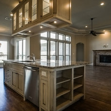 Traditional Kitchen by Stonebrook Builders