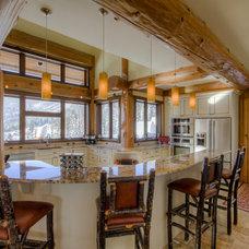 Traditional Kitchen by Streamline Design Ltd. - Kevin Simoes