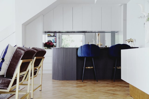 Contemporary Kitchen by Integriti Projects