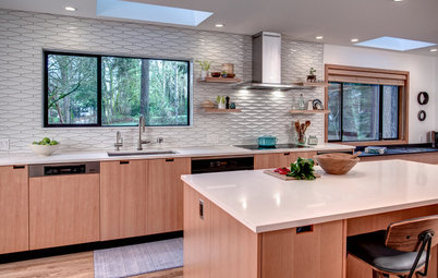 Kitchen of the Week: Modern Details Make Entertaining Easy