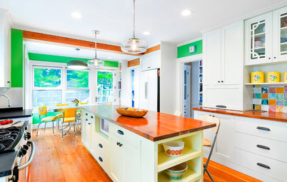 Kitchen of the Week: Green Walls Bring Bold Style