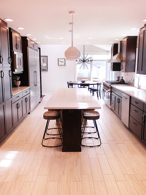 Pink kitchen ideas photos with black cabinets for Pink and black kitchen ideas