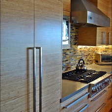 Contemporary Kitchen by Bay Area Cabinetry