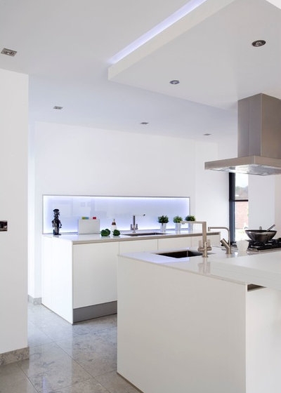 Contemporary Kitchen by Interior360