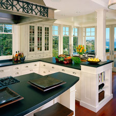 Traditional Kitchen by C Wright Design