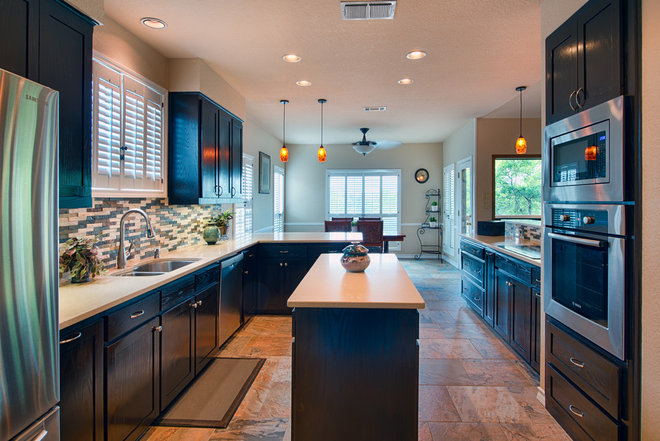 Contemporary Kitchen by Watermark & Company