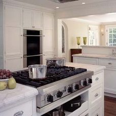 Traditional Kitchen by Ben Trogdon Architects