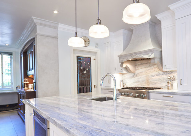 Traditional Kitchen by Marble View