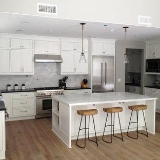 Idée de décoration pour une cuisine design.