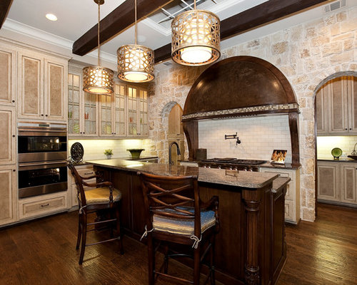 Traditional Kitchen Idea In Dallas With Subway Tile Backsplash And Granite  Countertops Part 57