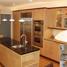 Modern Kitchen by Benvenuti and Stein