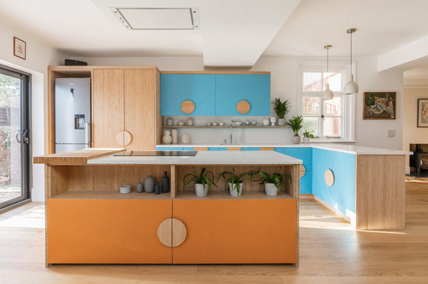 Modern Kitchen by Colourful Kitchen Company