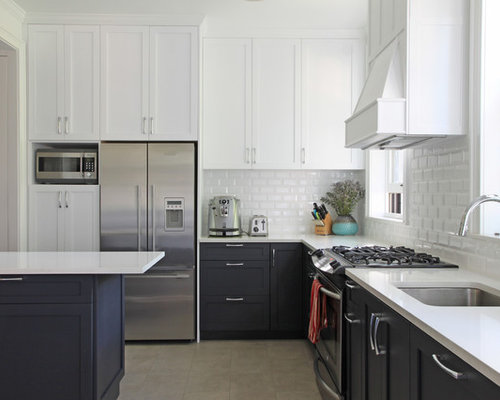 Transitional L Shaped Kitchen Idea In New York With An Undermount Sink Shaker Cabinets