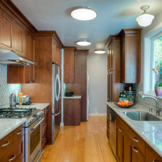 Traditional Kitchen by HDR Remodeling