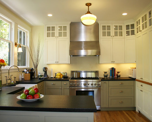 Berkeley traditional kitchen for Kitchen cabinets berkeley