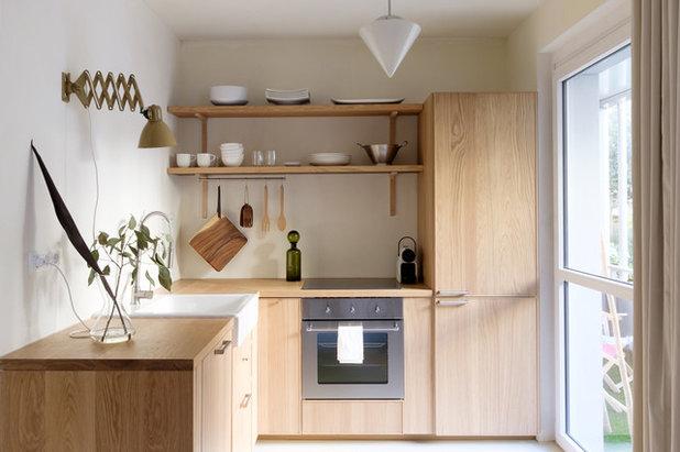 Skandinavisch Küche by James Fancourt Photography
