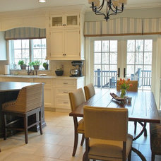 Traditional Kitchen by Reehl Interiors, Inc.