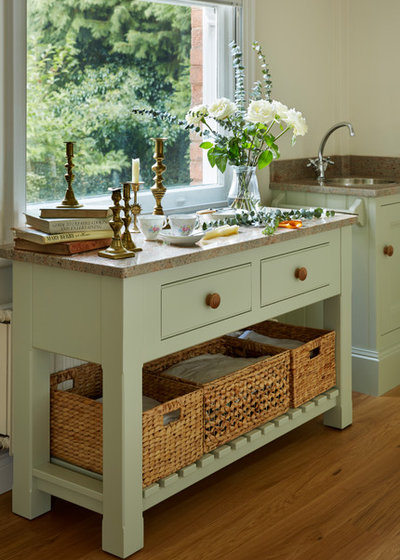 Traditional Kitchen by Churchwood Design