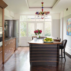 Contemporary Kitchen by Cotswood Door Specialists LTD