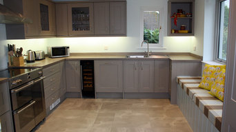 Bespoke Fitted Kitchen with Window Seat