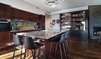 Bespoke kitchen / oak wood veneer and bookcase