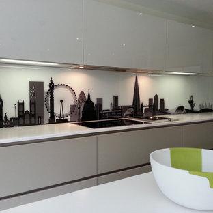Bespoke London Skyline splash back in Poggenpohl kitchen 3
