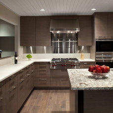 contemporary kitchen by Best Builders ltd