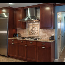 Traditional Kitchen by Stone House llc