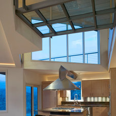 Contemporary Kitchen by pod studio