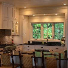 Craftsman Kitchen by CIMARRON BUILDERS INC