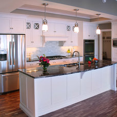 Traditional Kitchen by Westwind Woodworkers Inc.