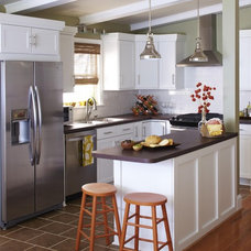 Traditional Kitchen by Lowe's Home Improvement