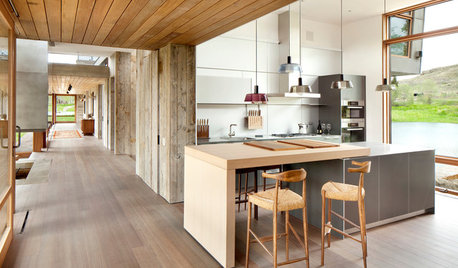 Houzz Tour: A Fabulous Contemporary Country House in Montana